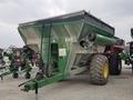 2008 Demco 850 Grain Cart