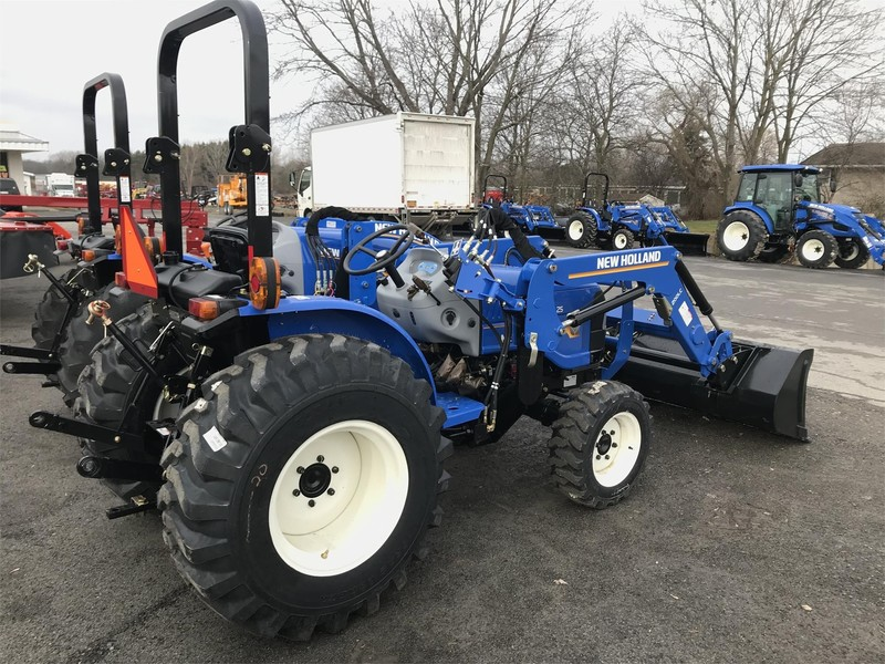 New Holland Workmaster 25 Tractor