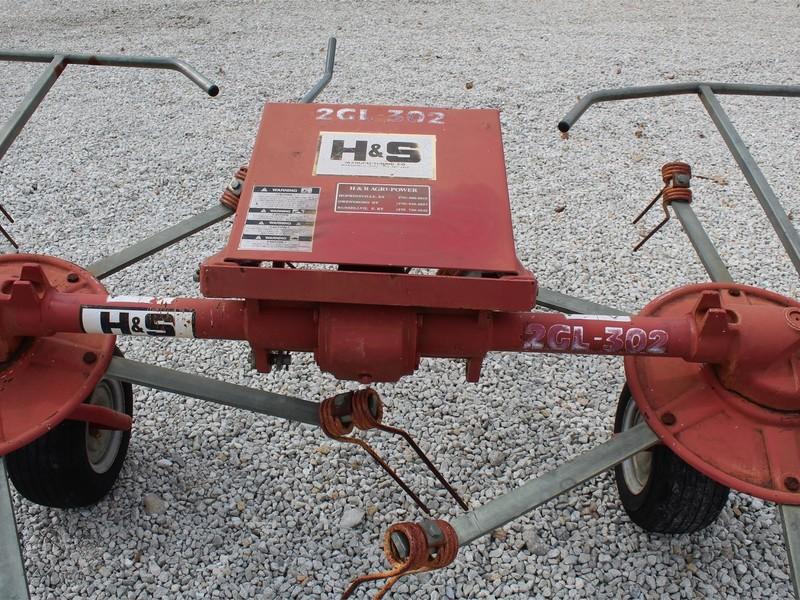 H & S 2GL-302 Tedder