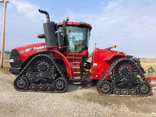 2017 Case IH Steiger 420 RowTrac Tractor
