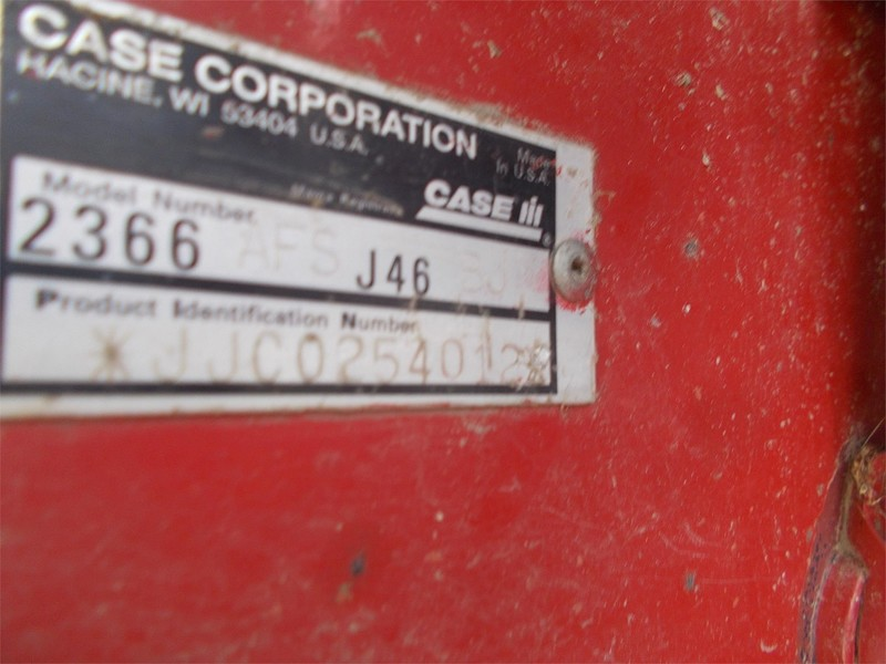 2001 Case IH 2366 Combine