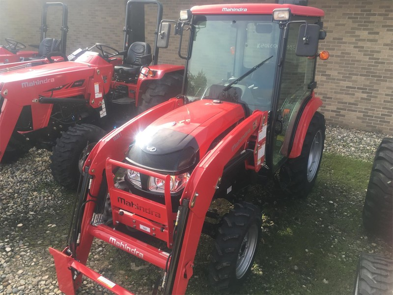 2018 Mahindra 1538 Tractor
