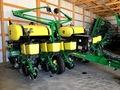 2015 John Deere 1765 Planter