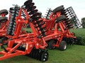 2019 Kuhn Krause 8005-25 Vertical Tillage