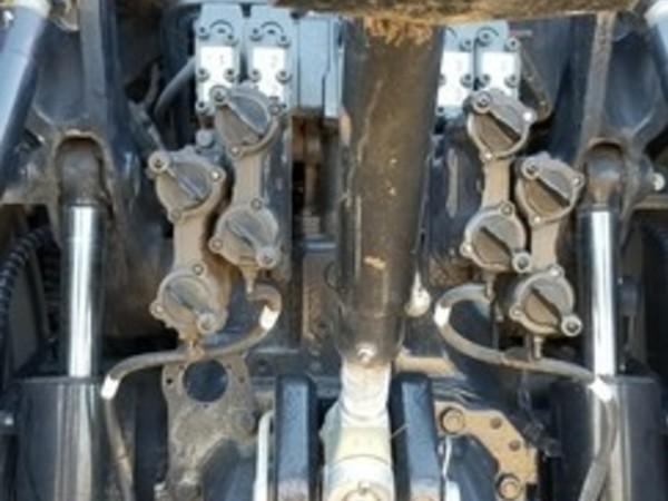 2015 Case IH Magnum 240 Tractor