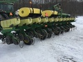 2011 John Deere 1760 Planter