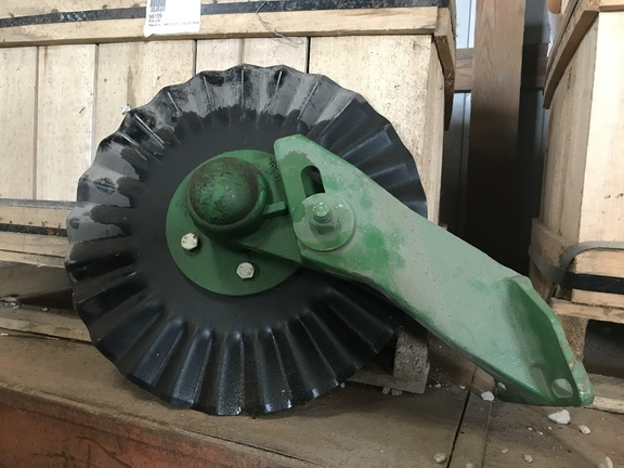 2011 John Deere BA31401 Coulter Row Cleaner Combination Planter and Drill Attachment