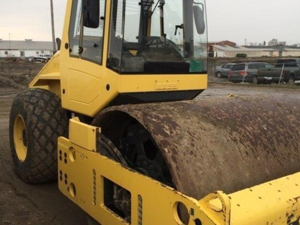 2012 Bomag BW213PDH Compacting and Paving
