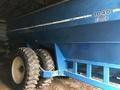 1996 Kinze 1040 Grain Cart