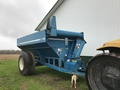 1996 Kinze 640 Grain Cart