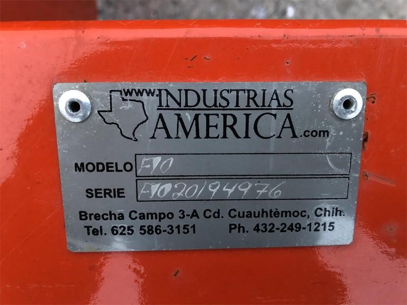 Industrias America F10 Blade