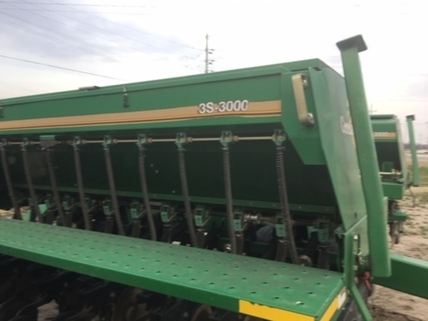 2003 Great Plains 3S-3000 Drill