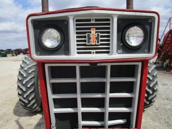 1972 International Harvester 1468 Tractor