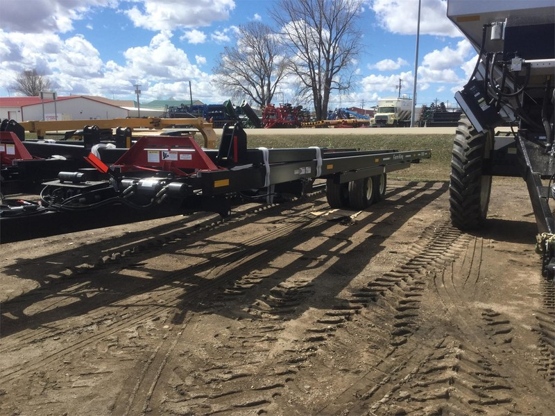 2019 Farm King 2450 Bale Wagons and Trailer