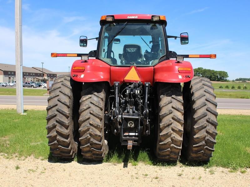 2012 Case IH Magnum 190 CVT Tractor