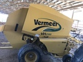 Vermeer 404 PRO Round Baler