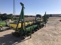 2005 John Deere 1700 Planter