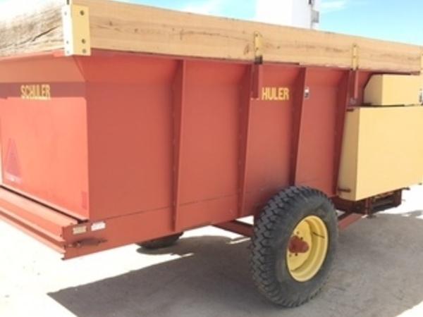 1997 Schuler HF255 Feed Wagon