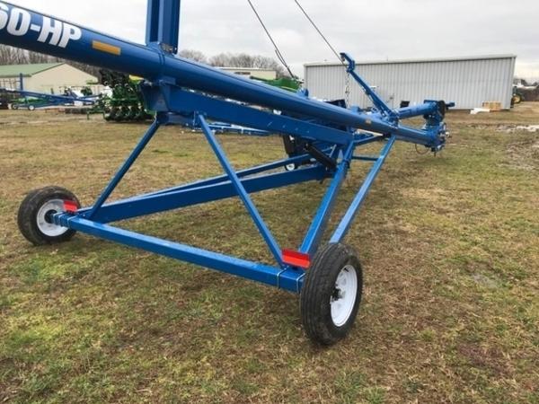 2019 Brandt 1060HP Augers and Conveyor