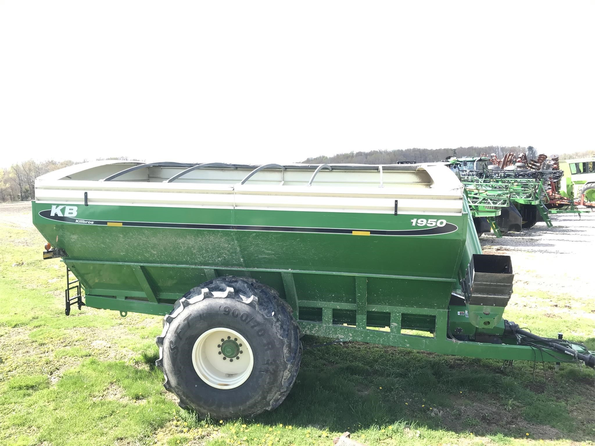 2018 Killbros 1950 Grain Cart