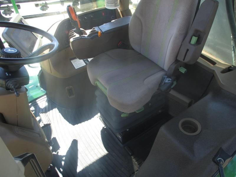 2007 John Deere 4830 Self-Propelled Sprayer