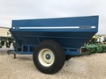 1900 Kinze 640 Grain Cart