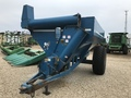 1900 Kinze 640 Grain Cart