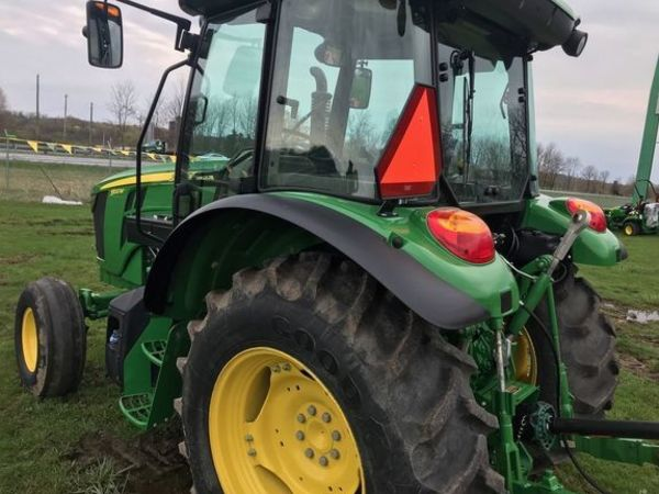 2018 John Deere 5100M Tractor