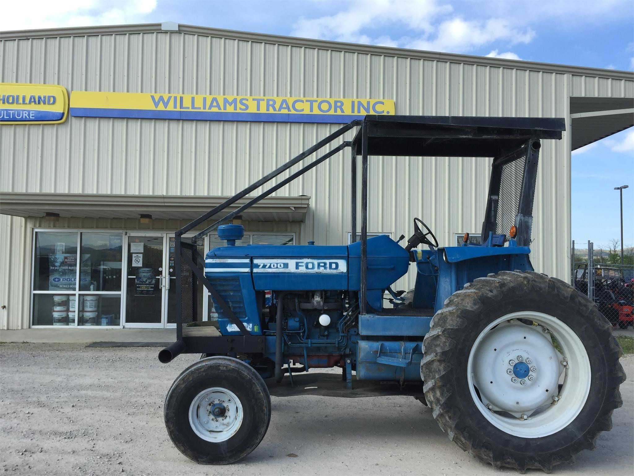 1977 Ford 7700 Tractor