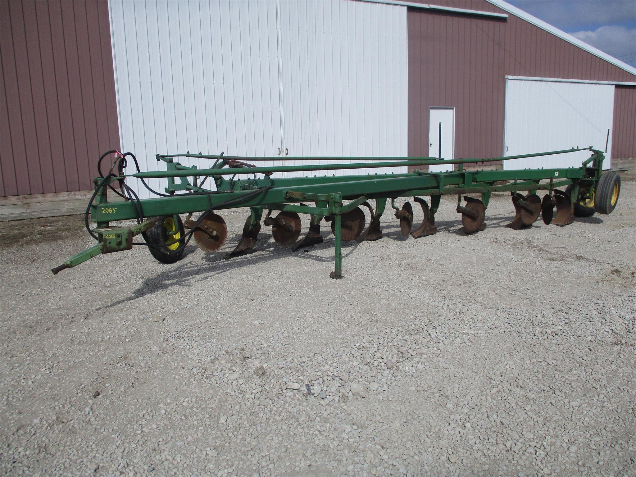 John Deere 2350-2450 Air Seeder