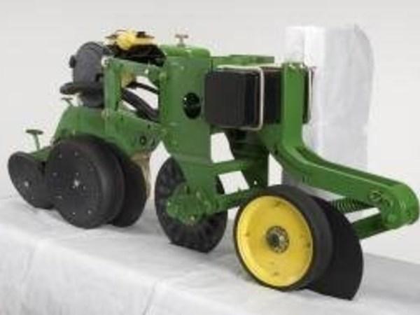 2013 John Deere BA30547 Planter and Drill Attachment