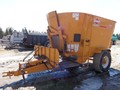Kuhn Knight 5144 Grinders and Mixer