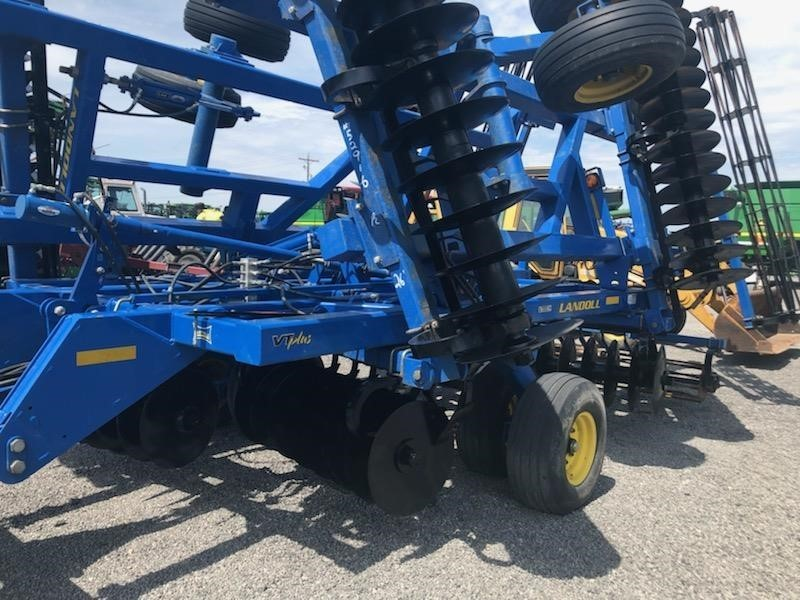 Landoll 7430 VT Plus Vertical Tillage