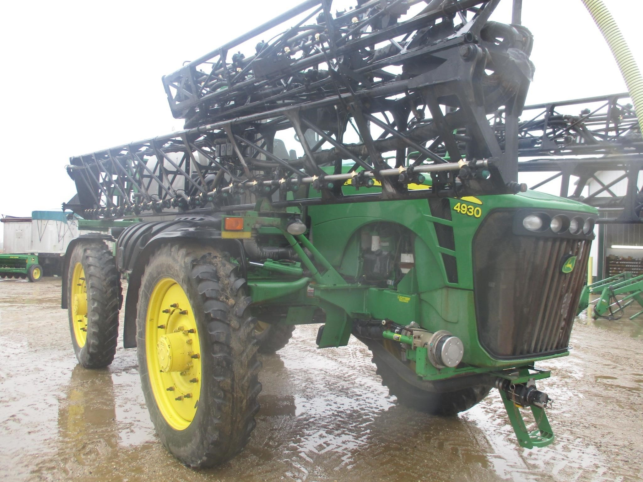 2009 John Deere 4930 Self-Propelled Sprayer