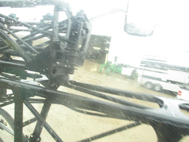 2009 John Deere 4930 Self-Propelled Sprayer