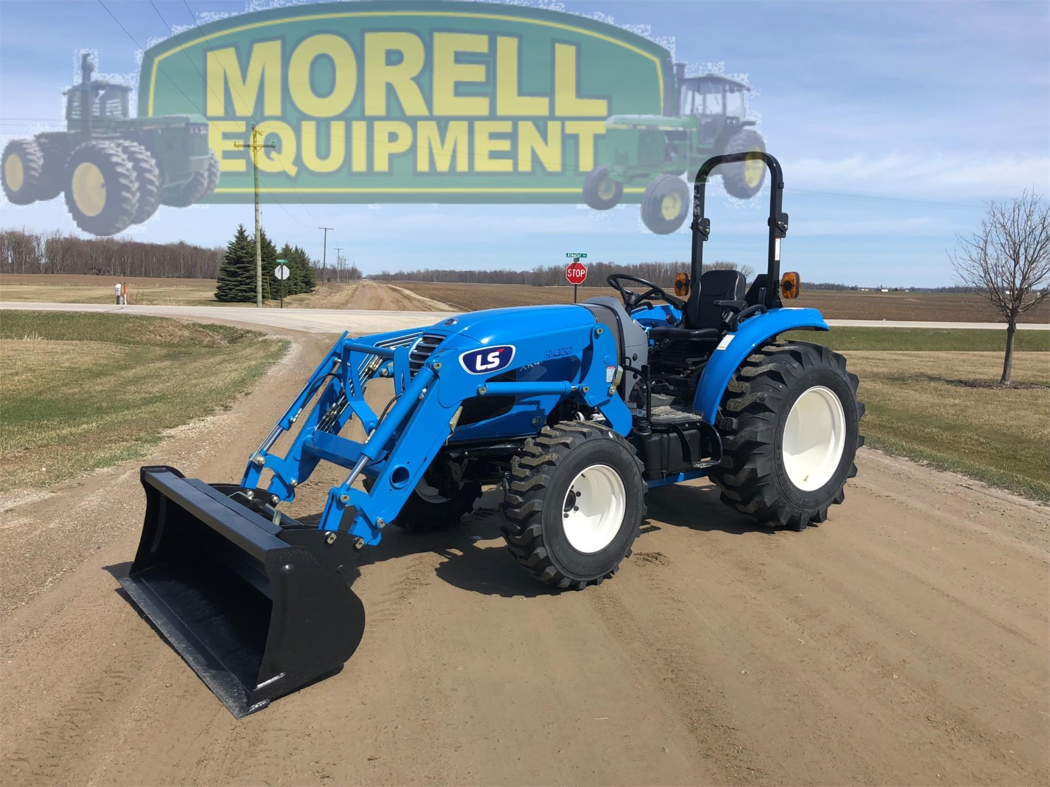 2020 LS XR4140H Tractor