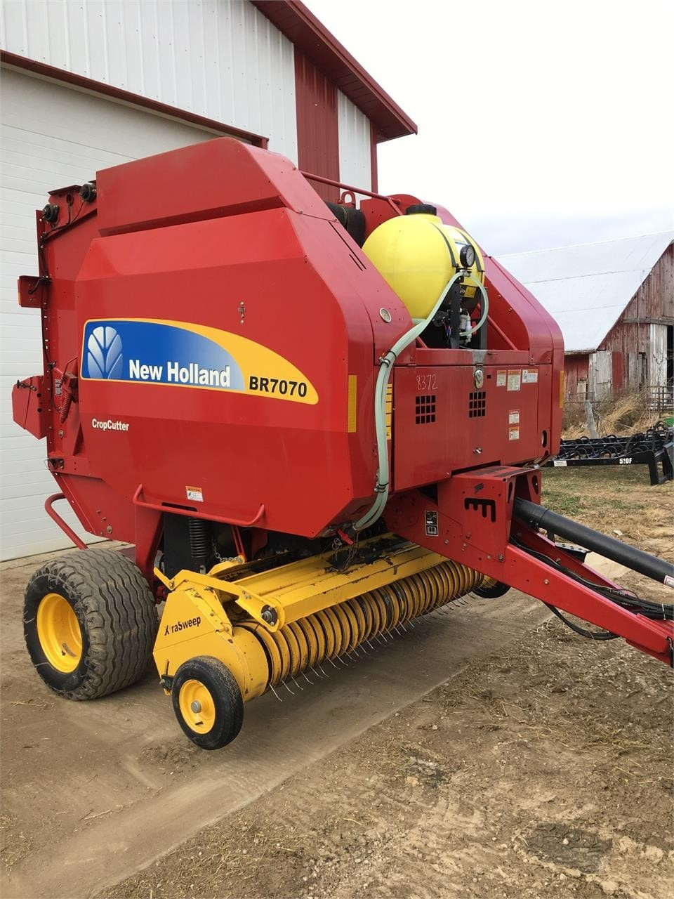 2008 New Holland BR7070 Round Baler
