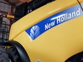2008 New Holland CR9070 Combine
