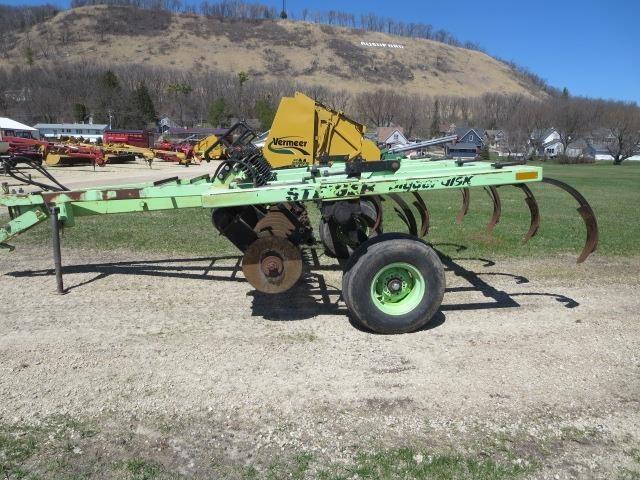Steiger 2207 Chisel Plow