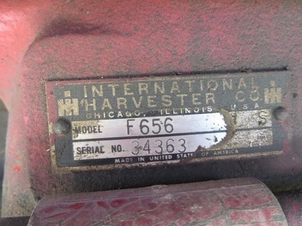 International Harvester 656 Tractor