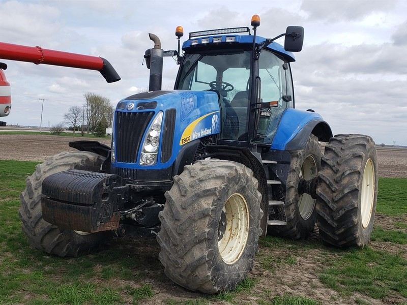 2007 New Holland T8030 Tractor