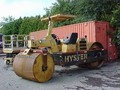 Hyster C350D Compacting and Paving