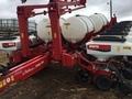 2011 White 8186 Planter