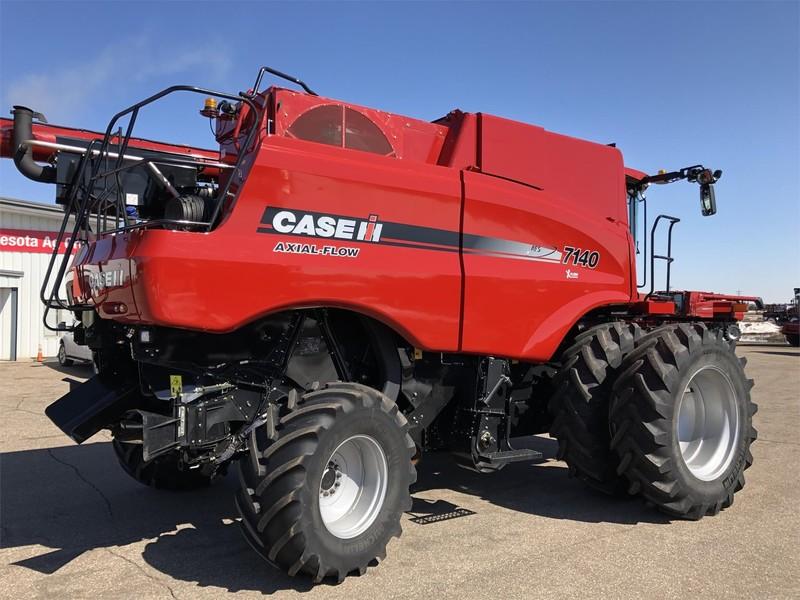 2018 Case IH 7140 Combine