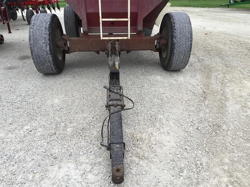 J&M 650 Grain Cart