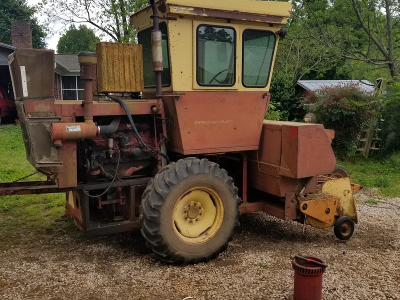 1976 New Holland 1283 Bale Wagons and Trailer