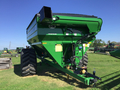 2018 J&M 875 w/ scales Grain Cart