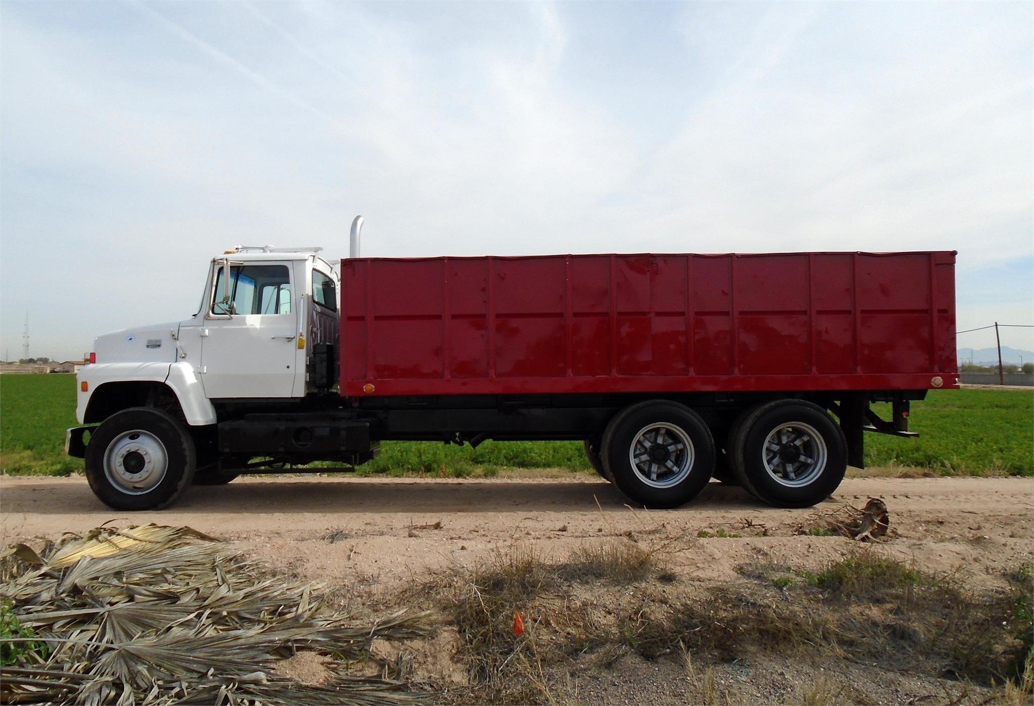 1980 Ford L9000 Semi Truck