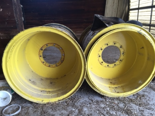 John Deere Tire Rim : John deere rims wheels tires track assumption