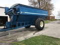 1998 Kinze 840 Grain Cart